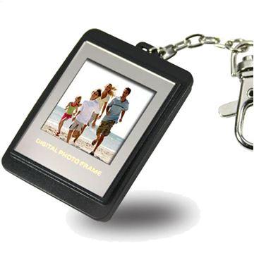 תמונה של מחזיק מפתחות - מסגרת תמונות דיגיטליות